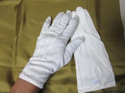 寝る前手袋
